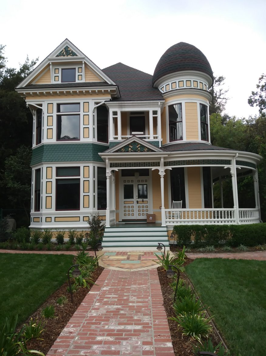 Victorian Homes in Pasadena Orange Grove